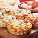 Tomaccias con queso y jamón ibérico: un bocadito irresistible