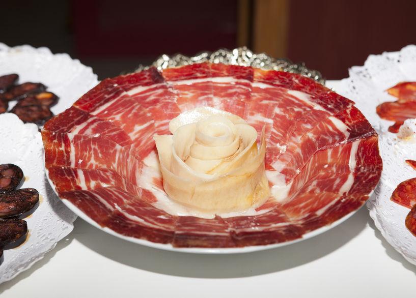 El jamón ibérico de bellota, un manjar en cualquier celebración.